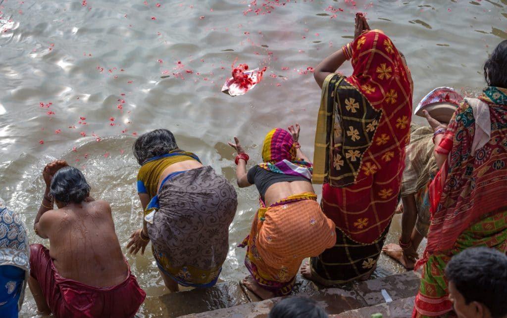 Sur les eaux sacrées du Gange